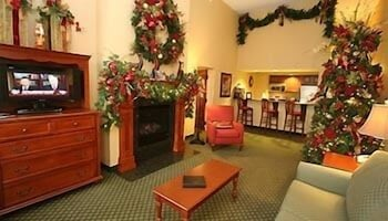 The Inn at Christmas Place, Gatlinburg - Pigeon Forge - Room Prices ...