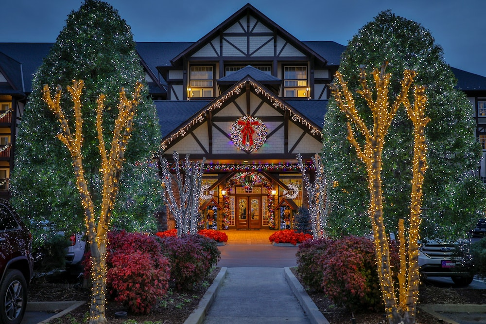 The Inn at Christmas Place in Gatlinburg - Pigeon Forge ...