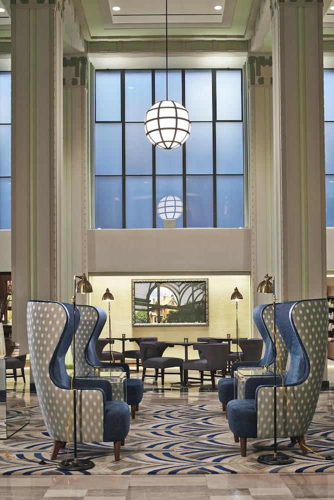 currently selected item - Hilton Garden Inn Phoenix Downtown