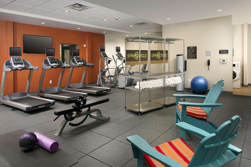 Fitness Facility, Hampton Inn Louisville East/Hurstbourne