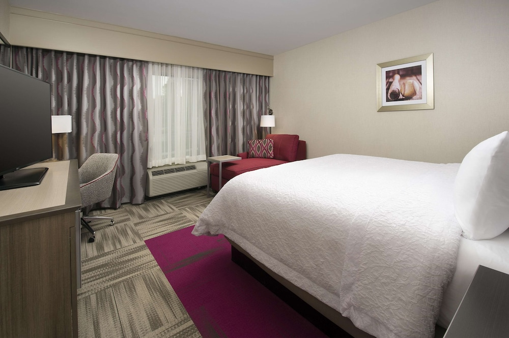 Room, Hampton Inn Louisville East/Hurstbourne