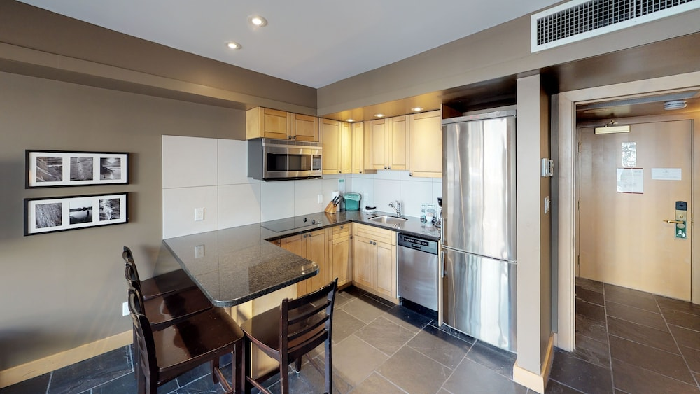 Private Kitchen, Le Chamois by Whistler Premier