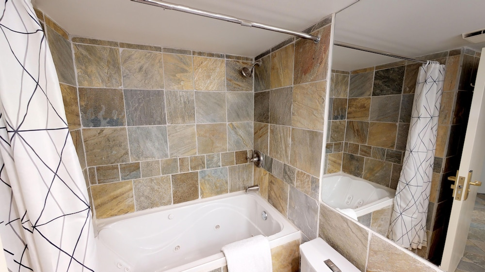 Bathroom, Le Chamois by Whistler Premier