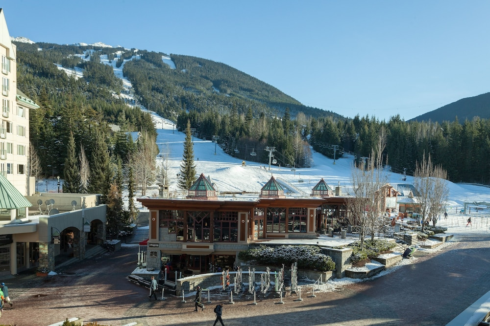 Mountain View, Le Chamois by Whistler Premier