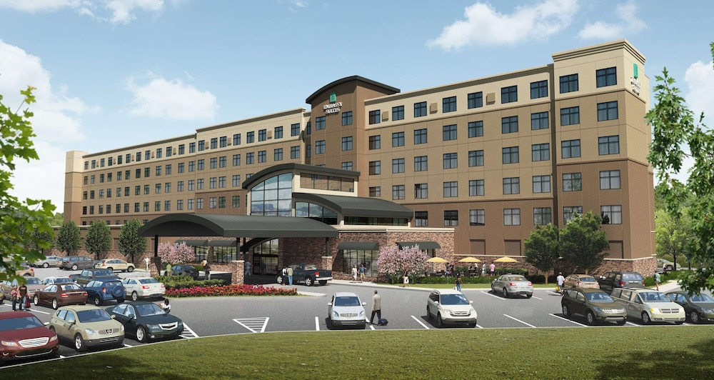 Exterior, Embassy Suites by Hilton Akron Canton Airport