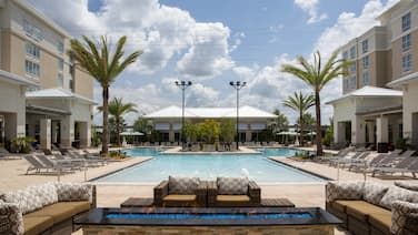 SpringHill Suites Orlando at FLAMINGO CROSSINGS® Town Center/Western Entrance