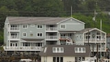 Fly In Fish Inn - Sitka Hotels