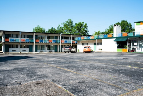 Hamilton Holiday Motel