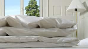 Hochwertige Bettwaren, Verdunkelungsvorhänge, kostenlose Babybetten