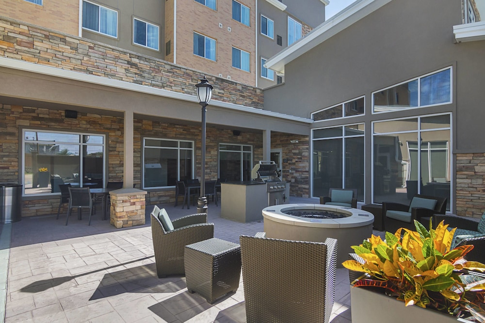 BBQ/Picnic Area, Residence Inn by Marriott Denton