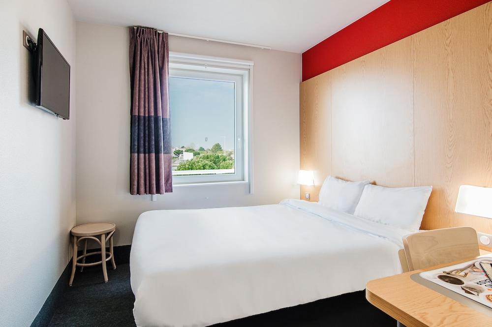 B b hotel royan la palmyre in charente maritime hotel for Hotels royan