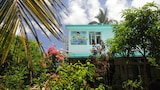 Chez Ronald Guest House - Rodrigues Island Hotels