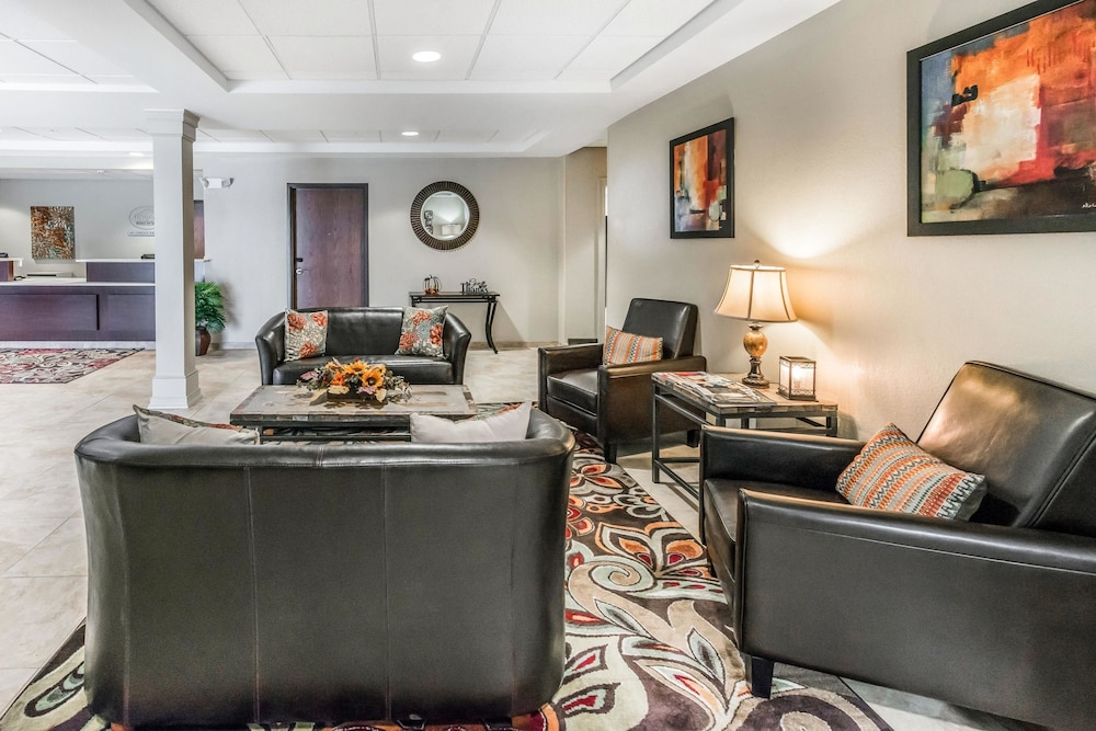 Suburban Extended Stay Hotel 2 0 Out Of 5 Exterior Featured Image Lobby