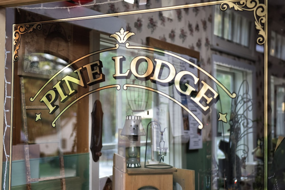 Interior Entrance, Pine Lodge
