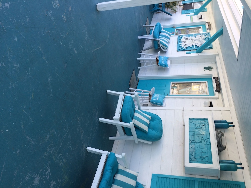 Terrace/Patio, Luxury Suites on the Beach