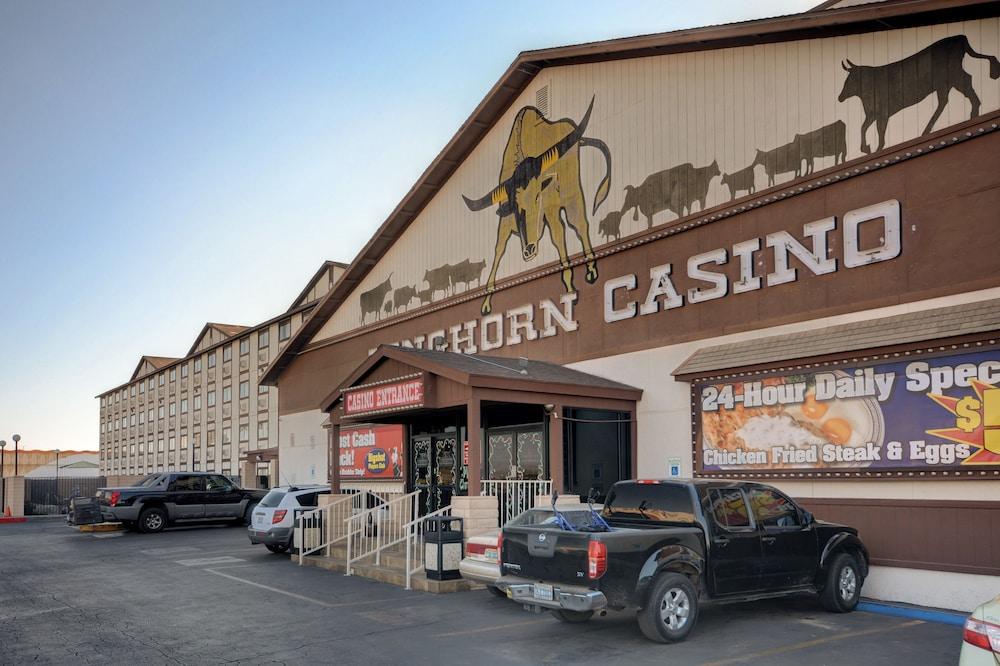 Longhorn Casino Chuckwagon Restaurant