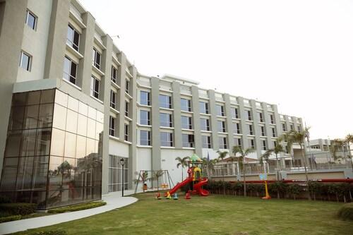Maha Bodhi Hotel Resort Convention Centre