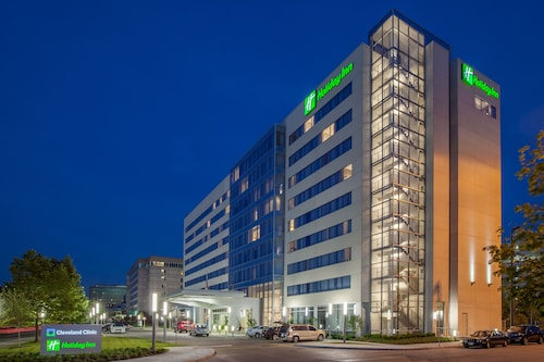 Hotels near Cleveland Clinic, Hough: Find Cheap $69 Hotel Deals