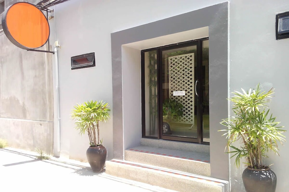 Property Entrance, M Place Pattaya