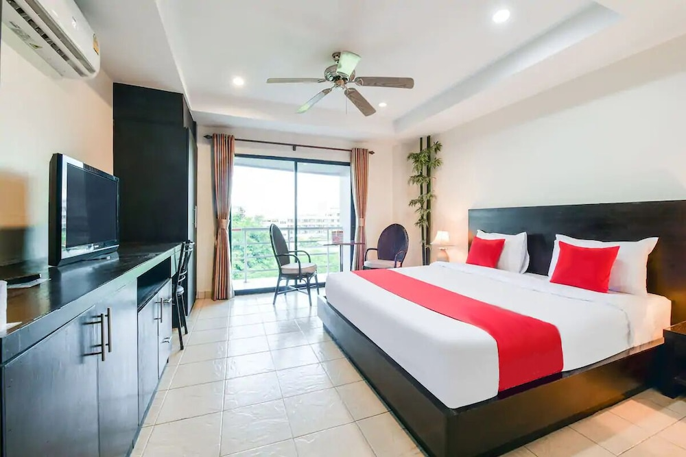 Room, M Place Pattaya