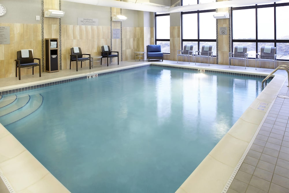 Indoor Pool, Courtyard Akron Downtown