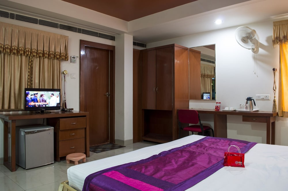 Hotel Rooms In Bhopal