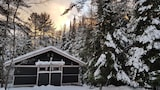 The Canadian Ecology Centre Cabins - Mattawa Hotels
