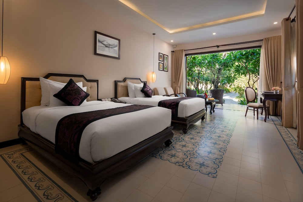 Room, Silk Village Resort & Spa by Embrace