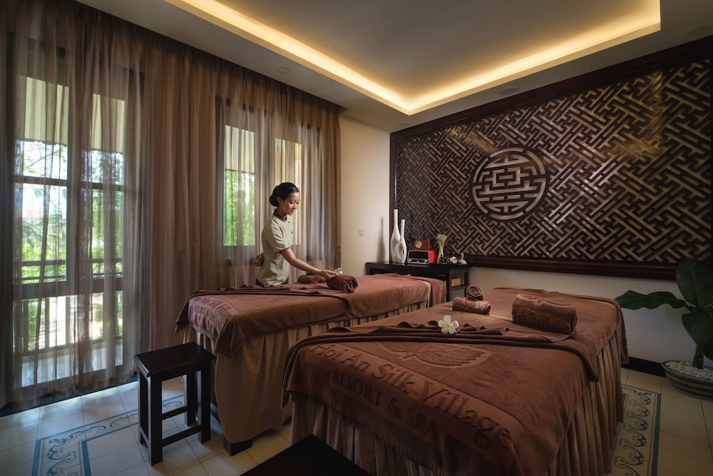 Treatment Room, Silk Village Resort & Spa by Embrace