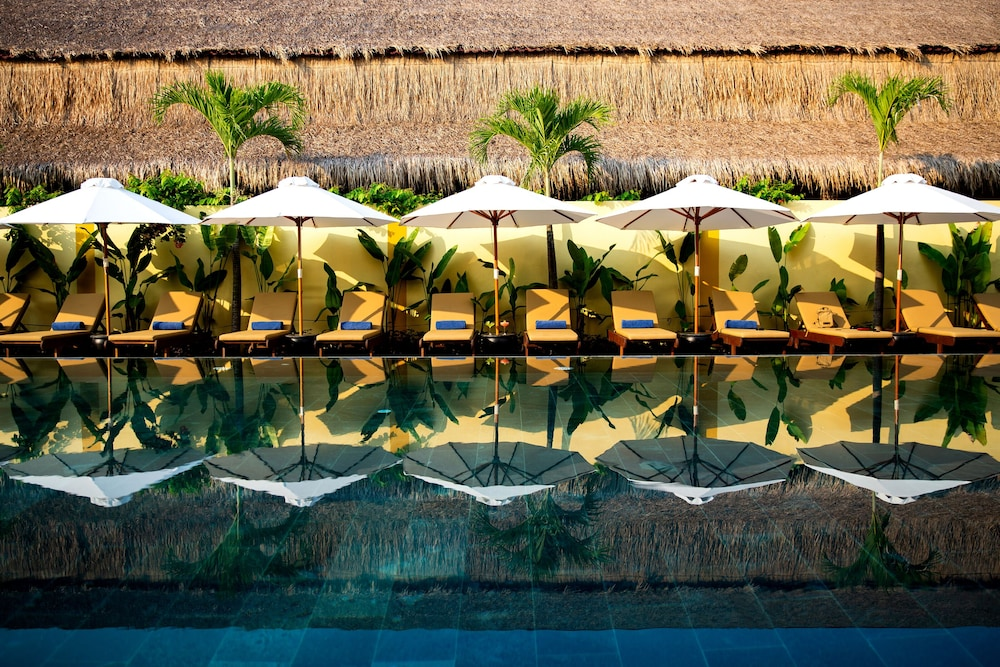 Pool, Silk Village Resort & Spa by Embrace