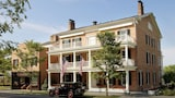 The Inns of Aurora - Aurora Hotels
