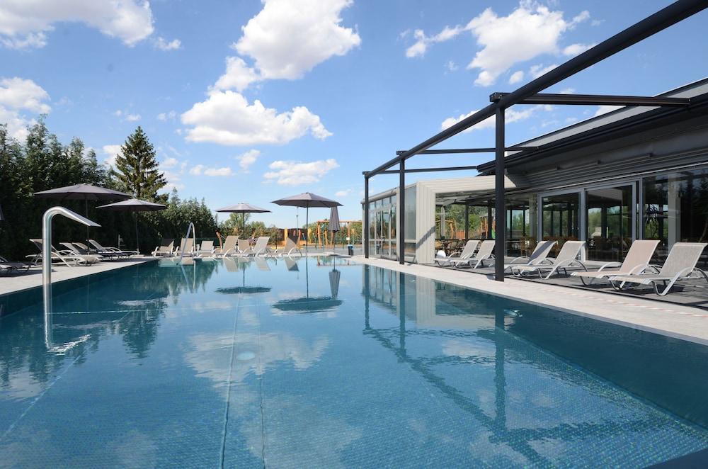 Hotel Aura Design & Garden Pool, Prag: Hotelbewertungen 2018 ...
