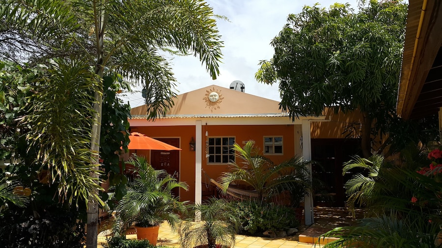 Brisas Studio Apartments - Adults Only