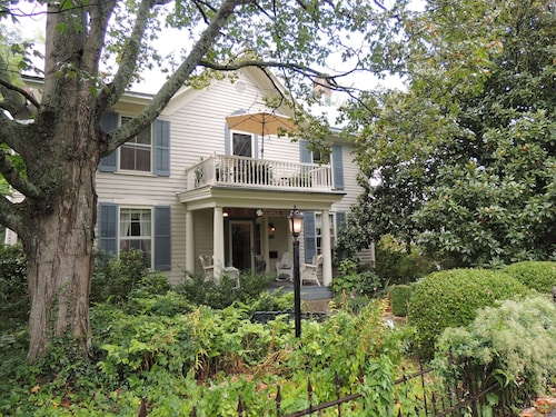 Check Expedia for Availability of 1868 Magnolia House Inn