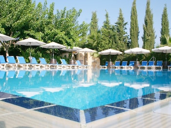 Apollonia Holiday Apartments