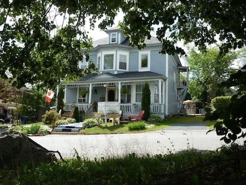 Great Place to stay Regent Street B&B near Miramichi