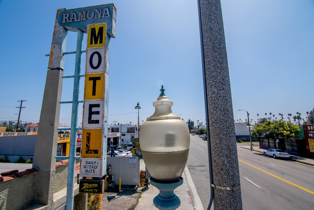 Street View, The Ramona Inn