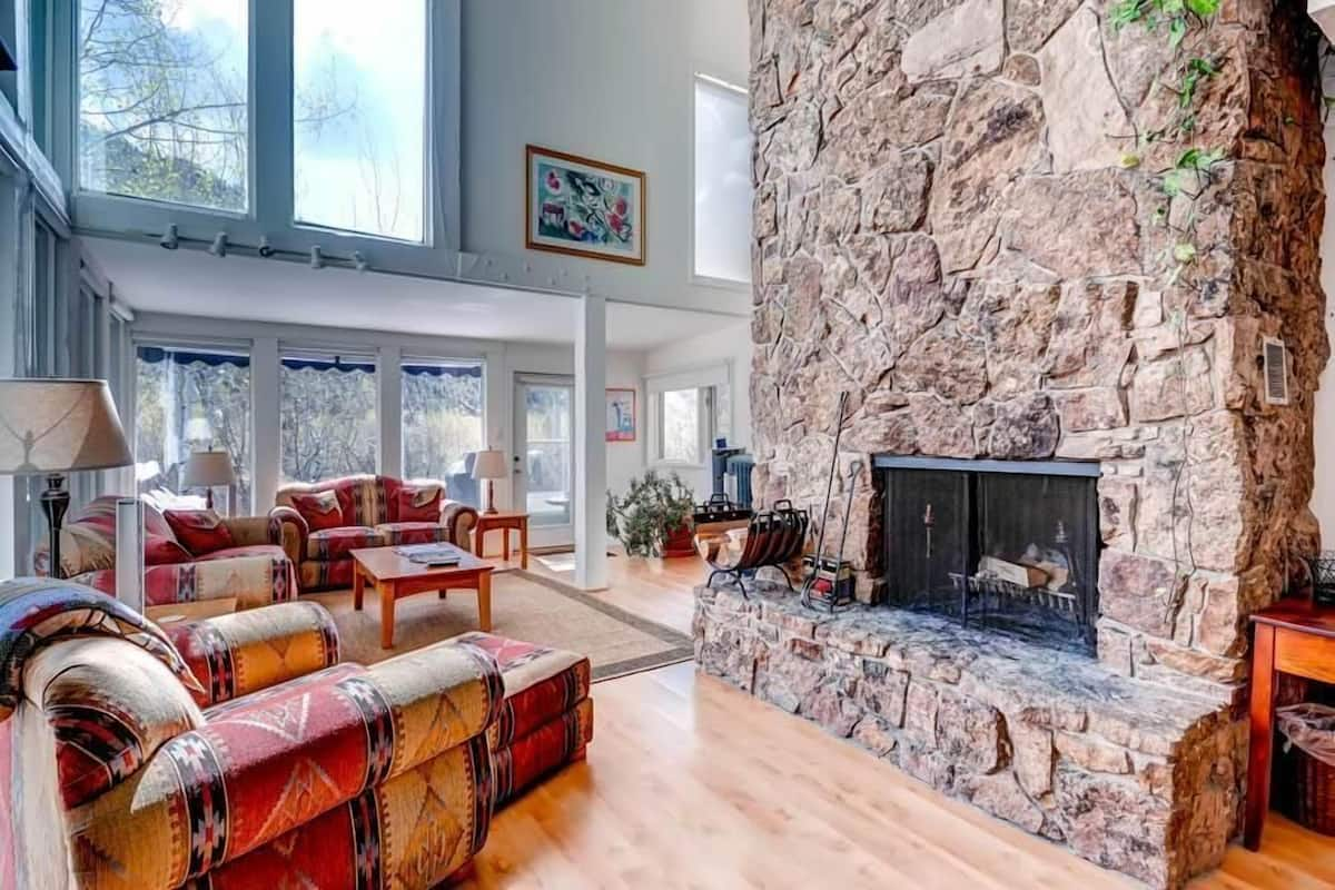 244 Eastwood Residence East End Aspen Home By Mccartney In Aspen Co Expedia