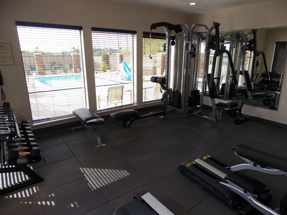 Fitness Facility, Best Western Plus Spring Inn & Suites