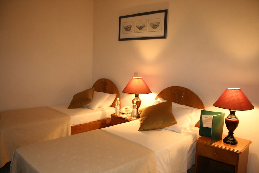 Featured Image, Sunshine Hotel
