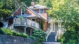 Plantation House Bed & Breakfast - Port Hope Hotels