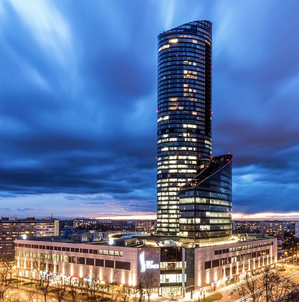 Tower Apartments: 40th+ Floor Luxury Apartments In Sky Tower, Wroclaw: 2019