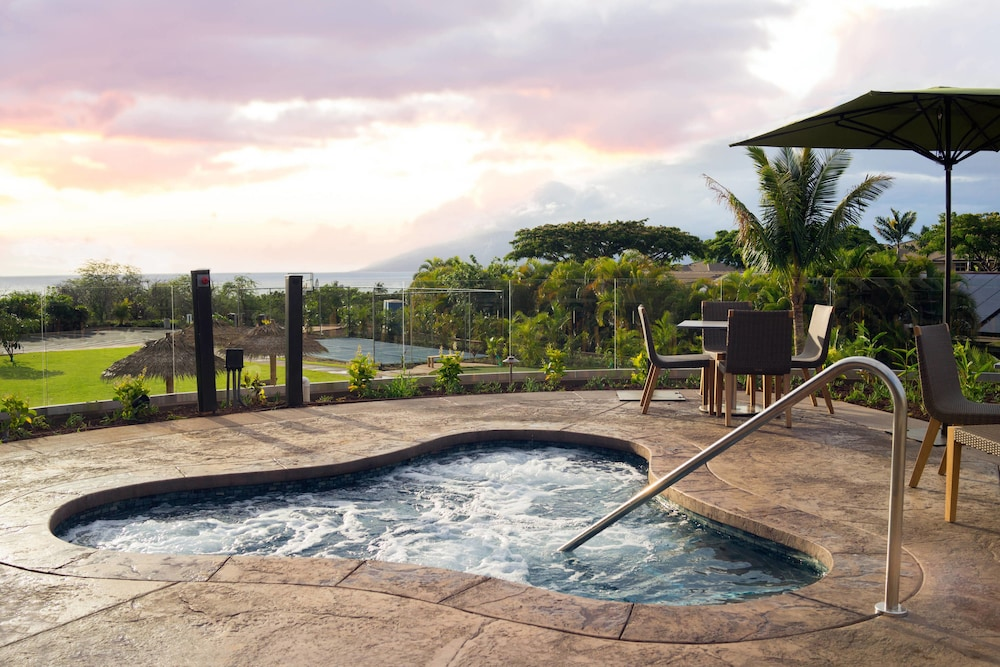 Outdoor Pool, Residence Inn by Marriott Maui Wailea