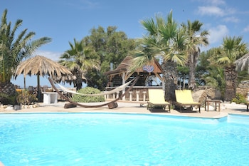 Medusa Beach Resort and Suites