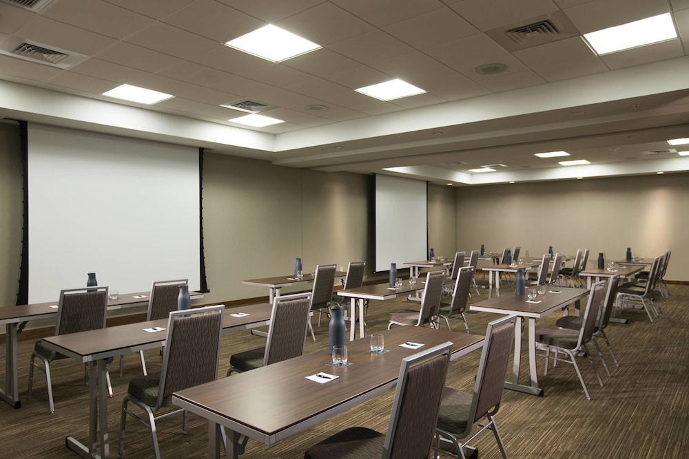 Meeting Facility, AC Hotel by Marriott Cincinnati at Liberty Center