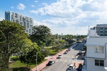 336 21st Street Miami Beach, Florida 33139, United States.