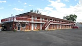 Super Saver Inn - Sheridan Hotels