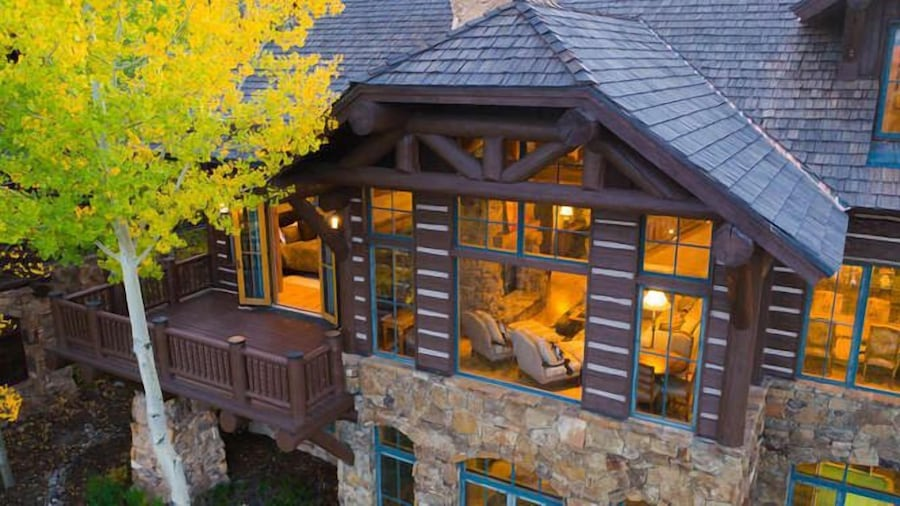 Snowberry by Elevation Accommodations