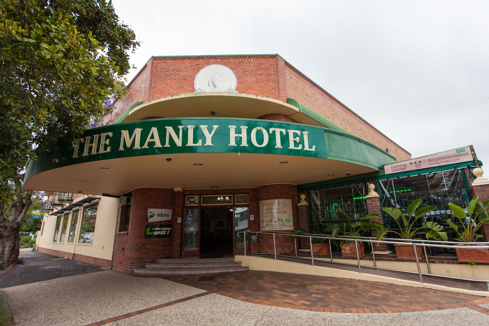 manly hotel meal deals