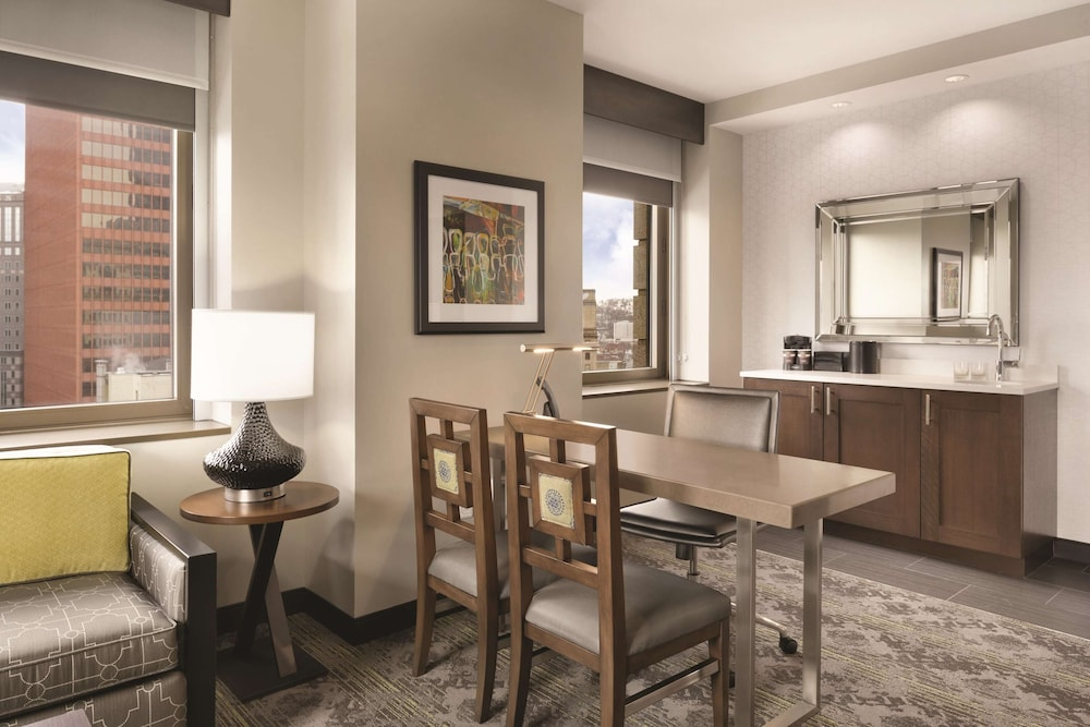 Private Kitchen, Embassy Suites By Hilton Pittsburgh Downtown